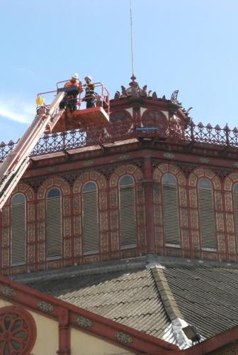 Alsina SIP implanta protecciones en el Mercat de Sant Antoni